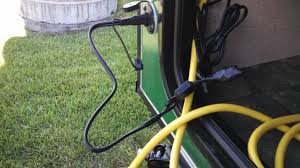 connecting a 100 watt solar panel to zamp port r pod owners if you have a pod that doesn t have the zamp port you could run 16 gauge yes it s sufficient for the amperage and distance wire under the pod up to the