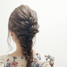 ストレートヘアのアレンジ方法15選直毛のまとめ髪や簡単くるりんぱも