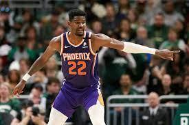 Phoenix Suns Center Deandre Ayton Has ...
