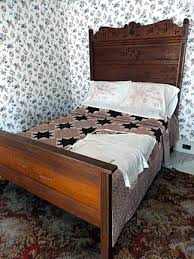 Caring for Antique Quilts & The best way to store—and display—a quilt is on an unused bed. Keeping pets  and sunshine off the quilt will extend the lifetime of the fabric. Adamdwight.com