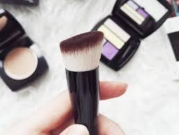 neviditeľný krémový make up s púdrovým efm ideal flawless na tento make up som sa veľmi tešila pretože som chcela veť čo bude zač