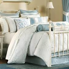 Bedroom Fabulous Blue Comforter Sets For Furniture Ideas Photo On  Outstanding Brown Quilt Bedding Set Grey And Yellow