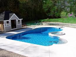 Swimming Pool Designs for Traditional Guesthouse in Tourism Site ...