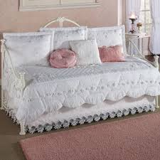 simple white daybed comforter set with pink pillows