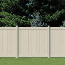 Vinyl privacy fence Not all vinyl fences are equal in quality For