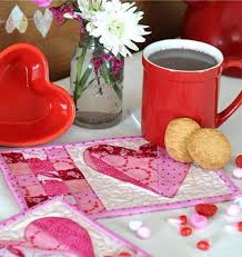 valentine mug rug patchwork