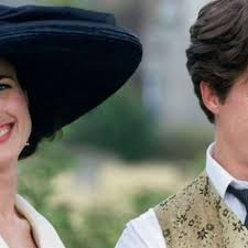 four weddings at 25 the film that gave us that dress that poem and hugh grant the star