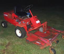 toro groundsmaster other brands redsquare wheel horse forum yeah that s a temporary battery strapped on the fender i didn t have another one small enough for the battery box the seat is on loan from the parts
