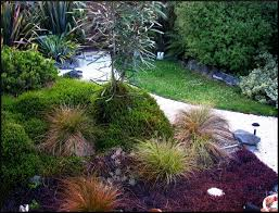how to landscape a small front yard