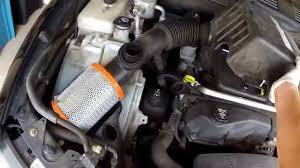 How to change Engine Air Filter Chevy Trailblazer 2005 and later ...