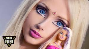 10 gadis cantik ini dikira boneka barbie saking miripnya