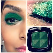quick eye makeup to avoid getting pinched go bold w green gold glitter or go with a subtler pop by using your fav