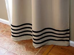 Diy No Sew Curtains Remodelaholic No Sew Curtain Panels Inspired By Ballard Designs