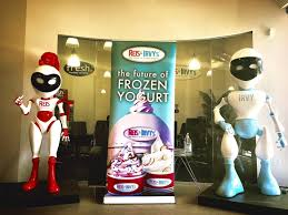 "Froyo Vending Machine Mesmerizing The Reis Irvy's Unveils ""Froyo Robot The First Fully Automated"