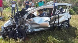 2018 renault sandero. delighful 2018 latest car accident of renault sandero  road crash compilation auto  2016 2017 2018 in renault sandero f