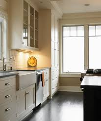 under counter kitchen lighting. Brilliant Lighting Under Cabinet Kitchen Lighting In Beige Kitchen With Counter
