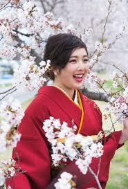 和装前撮り 桜の中で撮影できました Land Wedding