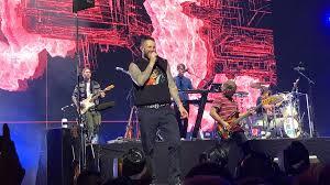 <b>Maroon 5</b> - Wikipedia