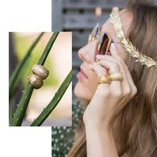 jewellery styling tip of this outfit put on luisa rosas bracelet and yellow gold diamond pendant from the tribe collection to show you re one with the