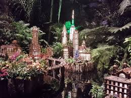 holiday train show at the new york botanical garden