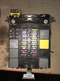alfa romeo gtv spider 916 main fuse box in good working order alfa romeo gtv spider 916 main fuse box in good working order