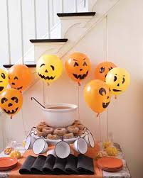 Cheap and Easy Decorating Idea for a Halloween Party