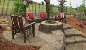outdoor fireplaces fire pits