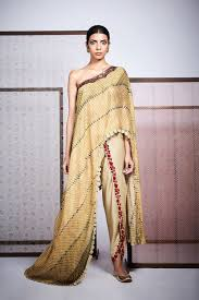 Top Fashion Designers Dresses Anoli Shah Is One The Top Fashion Designers In Mumbai Known