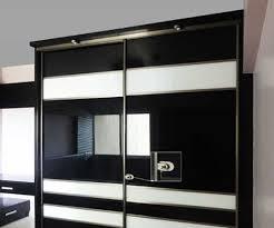 aristo sliding wardrobe advantage