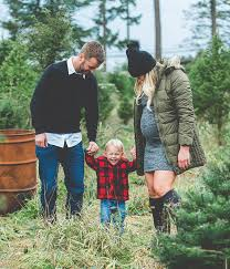 Where To Cut Your Own Christmas Trees In NJChristmas Tree Farm Family Photos