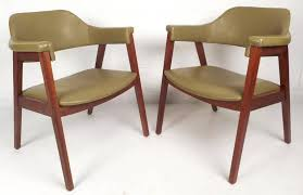 Mid century modern chair styles Eames Stunning Pair Of Vintage Modern Chairs With Green Vinyl Upholstery Covering The Seat And Backrest 1stdibs Midcentury Modern Vinyl Barrel Back Chairs For Sale At 1stdibs