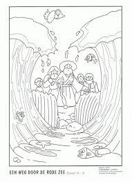 Kleurplaat Een Weg Door De Rode Zee Bible Crafts Preschool