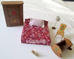 70er Puppenhaus Holz Schlafzimmer Möbel Schrank Bett Lampe Puppe