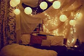 bedroom ideas christmas lights. Modren Bedroom String Lanterns Would Look Perfect Combined With Lights And Drapes On Bedroom Ideas Christmas Lights