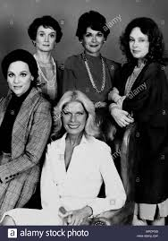 execution stock photos execution stock images page alamy valerie harper barbara barrie jessica walter sandy dennis loretta swit the execution 1985