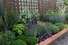 Low Maintenance Gardens Ideas Unique Decorating Design
