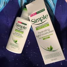Simple Kind To Skin Hydrating Light Moisturizer Review Live What U Crave