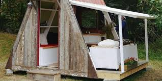 tiny house costs. \u0027Damn Simple\u0027 Tiny House Costs Just $1,200 To Build Yourself | HuffPost T