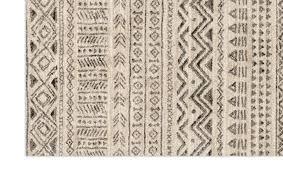 aztec stone rug 5 3 x 7 7