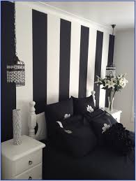 small bedroom decorating ideas black and white first