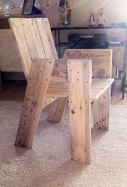 Pallet furniture - chair made from one euro pallet. How on earth is the back