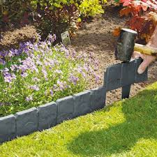 Grey Cobbled Stone Plastic Garden Edging