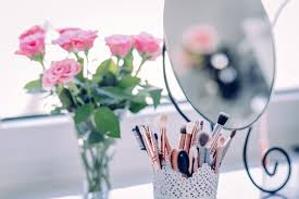 whether you have a small e or a large vanity organizing your makeup is a must it will save you time as well as keep your beauty s lasting as