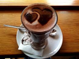 Resultado de imagem para chocolate quente