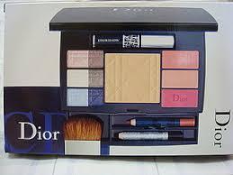 makeup palettes Прекрасный наборчик dior travel studio dior travel studio