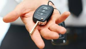 what to know about bad credit vs installment loans mccluskey car keys seller hand giving keys