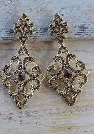 vintage inspired chandelier earrings gold e 321
