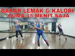 Aerobic exercise can also be done on foot or playing basketball, but aerobics in videos is an exercise that combines music with movements such as dancing so that it feels more fun and addictive. Senam Aerobik Hanya 15 Menit Membakar Lemak Untuk Pemula Youtube Senam Tubuh Bugar Olahraga