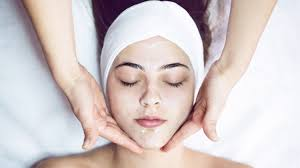 alpha hydroxy acids a guide to ahas in skin care and how they work allure