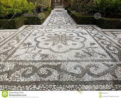 Cool Garden Paths That Are Off The Beaten PathMosaic Garden Path